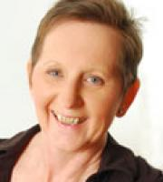 http://www.hgi.org.uk/sites/default/files/styles/therapist_photo/public/therapist-photos/joyce-dallimore2.jpg?itok=bVWgNy9f